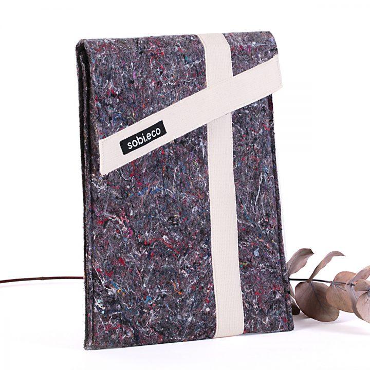 recyklovaný obal na notebook