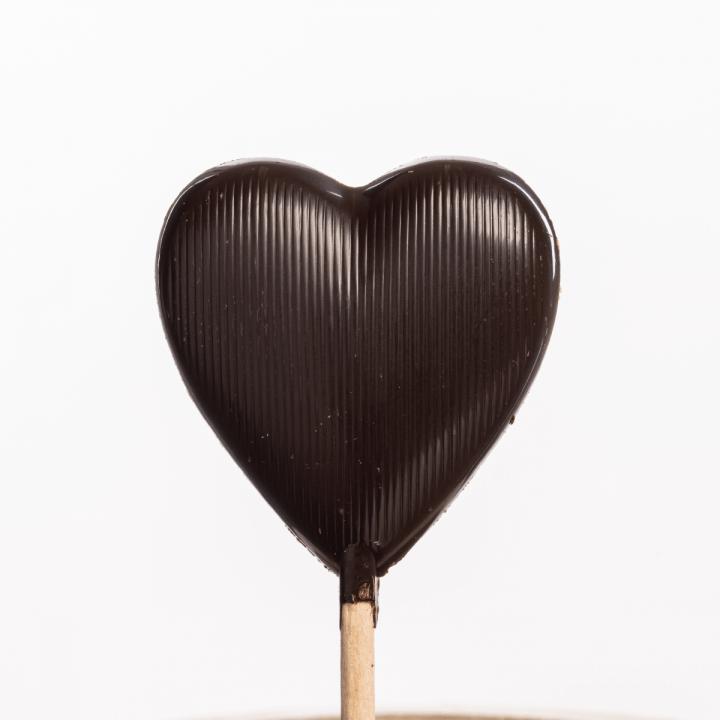česká remeselná čokoládovňa Janek lízatko horká čokoláda srdiečko