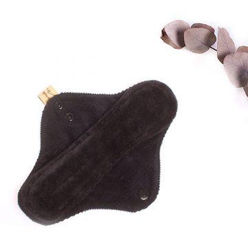 látková menštruačná vložka denná čierna